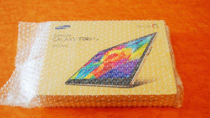 04_20141024_galaxy-tab-s-kaihuu