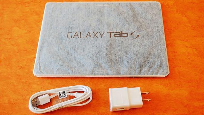 11_20141024_galaxy-tab-s-kaihuu