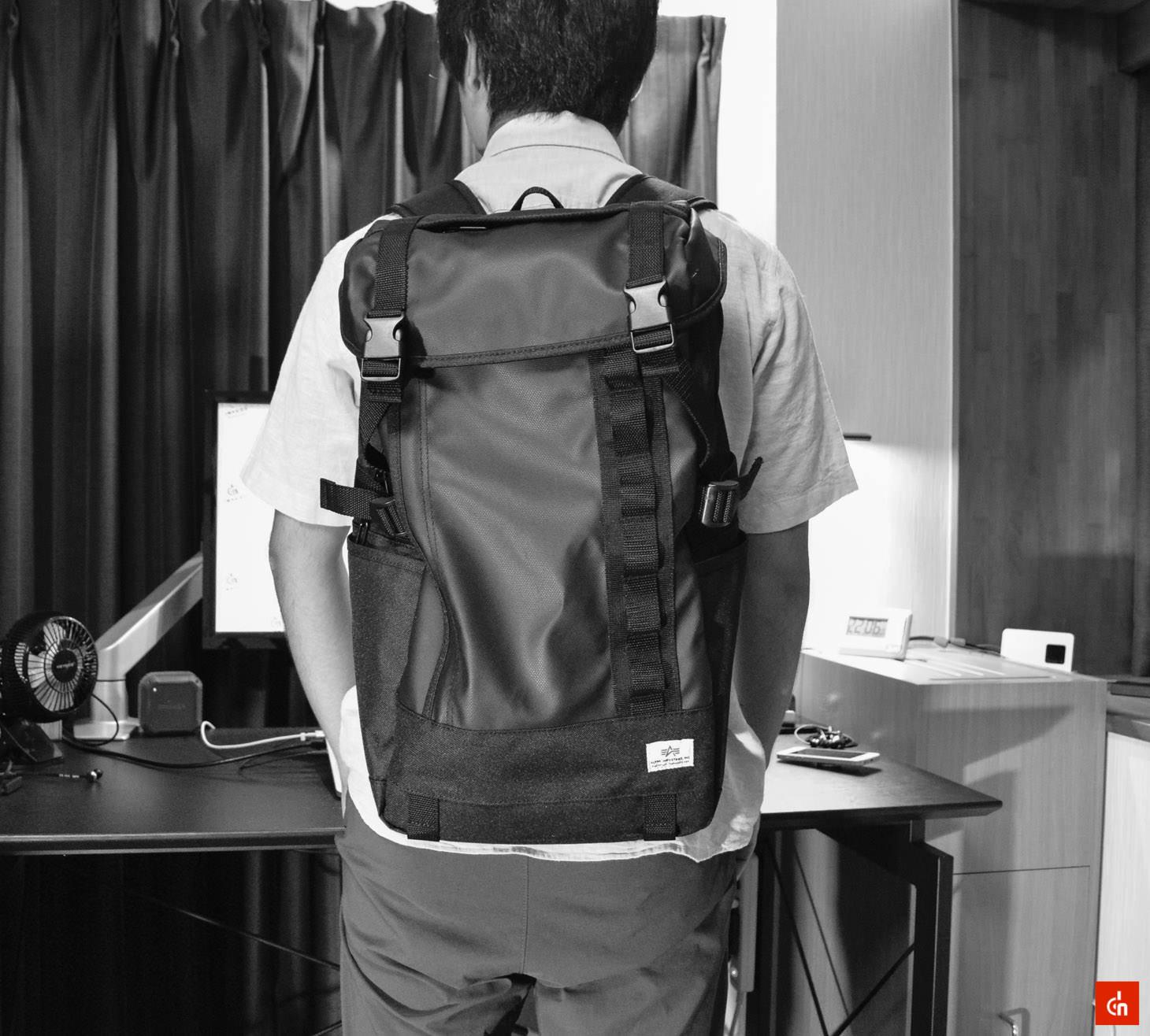 068_20160707_sanwa-square-bag