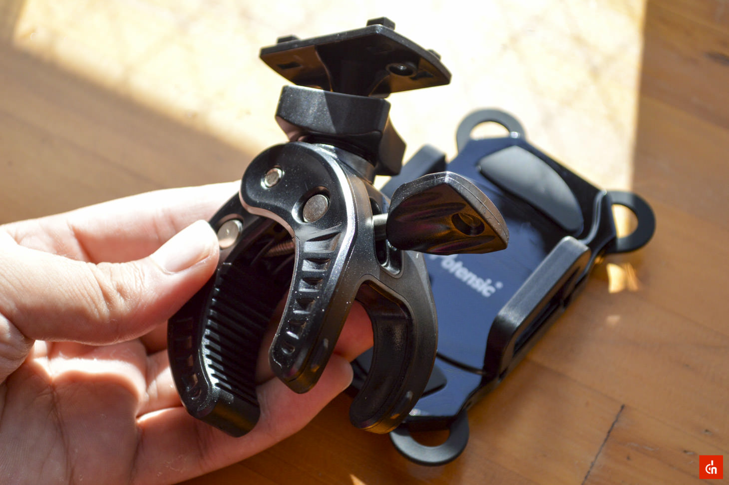 004_20161001_potensic-cycle-holder